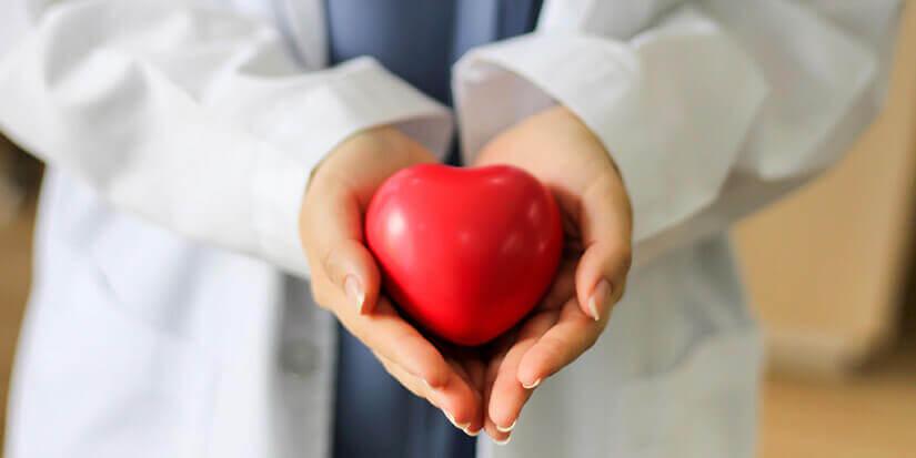 Linde und Rosmarin vaporisieren bei Herzkrankheiten