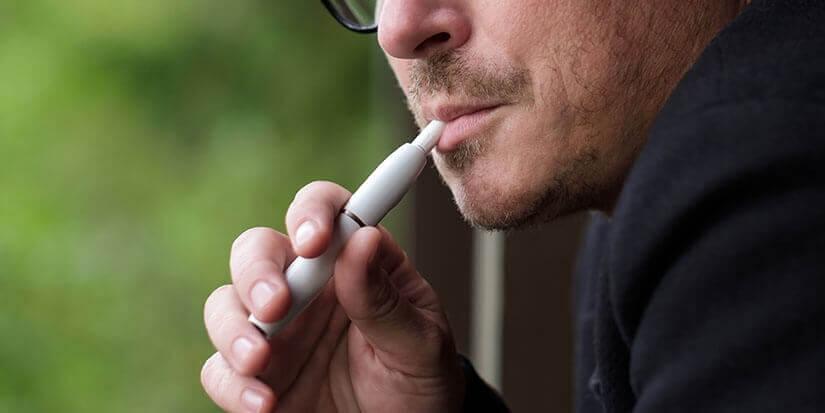 Der Unterschied zwischen einer E-Zigarette und einem Vaporizer